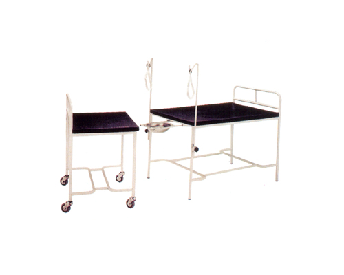 OBSTETRIC DELIVERY BED IN2PARTS 2SECTIONTOP
